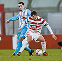 ::  JON ROUTLEDGE HOLDS OFF LEE WALLACE ::