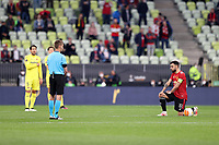 26th May 2021; STADION GDANSK  GDANSK, POLAND; UEFA EUROPA LEAGUE FINAL, Villarreal CF versus Manchester United:  Manchester United's BRUNO FERNANDES takes a knee at start of game