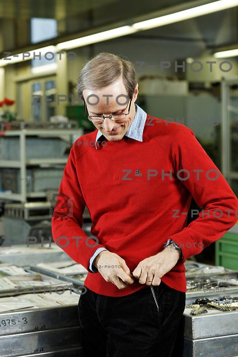 Portrait und Interview von Carl Elsener jun., Direktor des Taschenmesserunternehmes Victorinox in Ibach SZ am 1. Februar 2013..Copyright © Zvonimir Pisonic