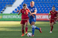 Spain's Sonia Bermudez and Finland's Anna Westerlund during the match of  European Women's Championship 2017 at Leganes, between Spain and Finland. September 20, 2016. (ALTERPHOTOS/Rodrigo Jimenez) NORTEPHOTO