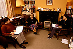 'OXFORD UNIVERSITY' 1995, HISTORY DON, DR GILLIAN LEWIS OF ST ANNE'S COLLEGE GIVES A TUTORIAL IN HER ROOMS,