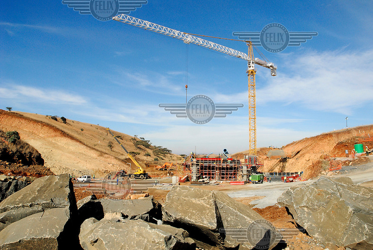 A crane helps in the early stages of the construction of the Bedford Dam, a Pumped Storage Scheme that will consist of an upper and a lower dam.