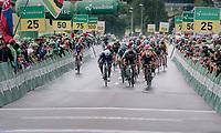 bunch sprint with 3 tenors leading the way: Peter Sagan (SVK/Bora-Hansgrohe) vs Sonny Colbrelli (ITA/Bahrain-Merida) vs Fernando Gaviria (COL/Quick Step Floors).<br /> Sonny won...<br /> <br /> Stage 3: Oberstammheim > Gansingen (182km)<br /> 82nd Tour de Suisse 2018 (2.UWT)