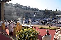 .Pope Benedict XVI leads a mass at in the Kidron Valley, facing the Mount of Olives and the site where Christianity says Jesus was arrested, in Jerusalem, Tuesday, May 12, 2009. .