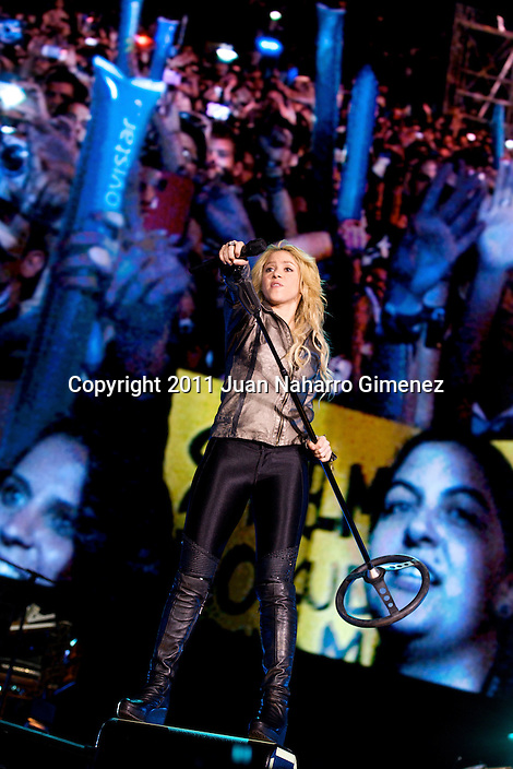 MADRID, SPAIN - JUNE 03:  Colombian singer Shakira performs on stage at Vicente Calderon Stadium on June 3, 2011 in Madrid, Spain.  (Photo by Juan Naharro Gimenez)