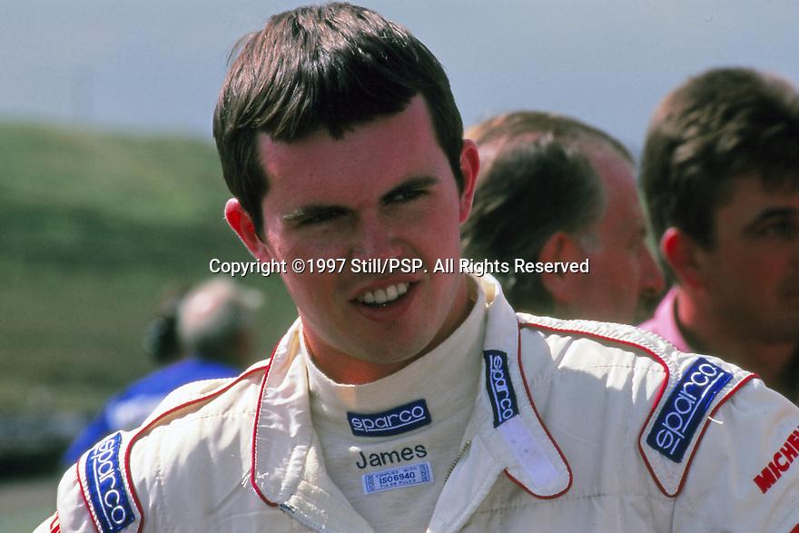 1997 British Touring Car Championship. James Thompson.