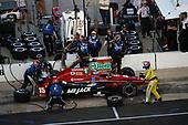 Verizon IndyCar Series<br /> Rainguard Water Sealers 600<br /> Texas Motor Speedway, Ft. Worth, TX USA<br /> Saturday 10 June 2017<br /> Graham Rahal, Rahal Letterman Lanigan Racing Honda pit stop<br /> World Copyright: Michael L. Levitt<br /> LAT Images