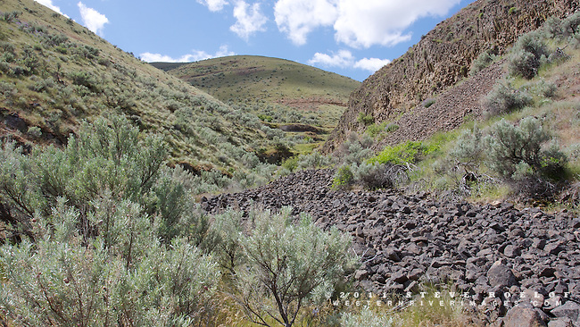 A side canyon of the John Day River, Oregon.