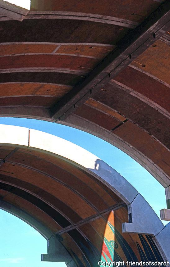 Paolo Soleri: ARCOSANTI. Entrance--Galleria. Photo '77.