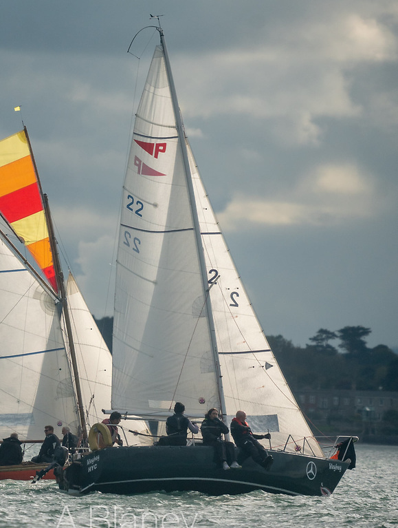 There's something very special about Autumn racing, and this Howth 17 and Puppeteer 22 catch the spirit of it perfectly