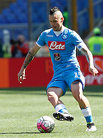 Calcio, Serie A: Roma vs Napoli. Roma, stadio Olimpico, 25 aprile 2016.<br /> Napoli's Marek Hamsik in action during the Italian Serie A football match between Roma and Napoli at Rome's Olympic stadium, 25 April 2016.<br /> UPDATE IMAGES PRESS/Riccardo De Luca
