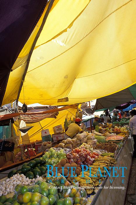 Venezuelan produce vendors at the Floating Market, Curacao, Netherland Antilles or Dutch ABC Island, Caribbean, Atlantic