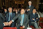 WALTER VELTRONI CON FRANCESCO STORACE ED ENRICO GASBARRA<br /> MESSA DI RINGRAZIAMENTO PER I 50 ANNI DI SACERDOZIO DEL CARDINAL CAMILLO RUINI - SAN GIOVANNI IN LATERANO ROMA 2004