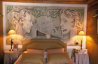 """Europe/France/Rhône-Alpes/74/Haute-Savoie/Megève: Hôtel-restaurant """"Le Mont-Blanc"""" [place de l'église] - La chambre 305 dédiée aux """"Enfants Terribles"""" [Non destiné à un usage publicitaire - Not intended for an advertising use]"""
