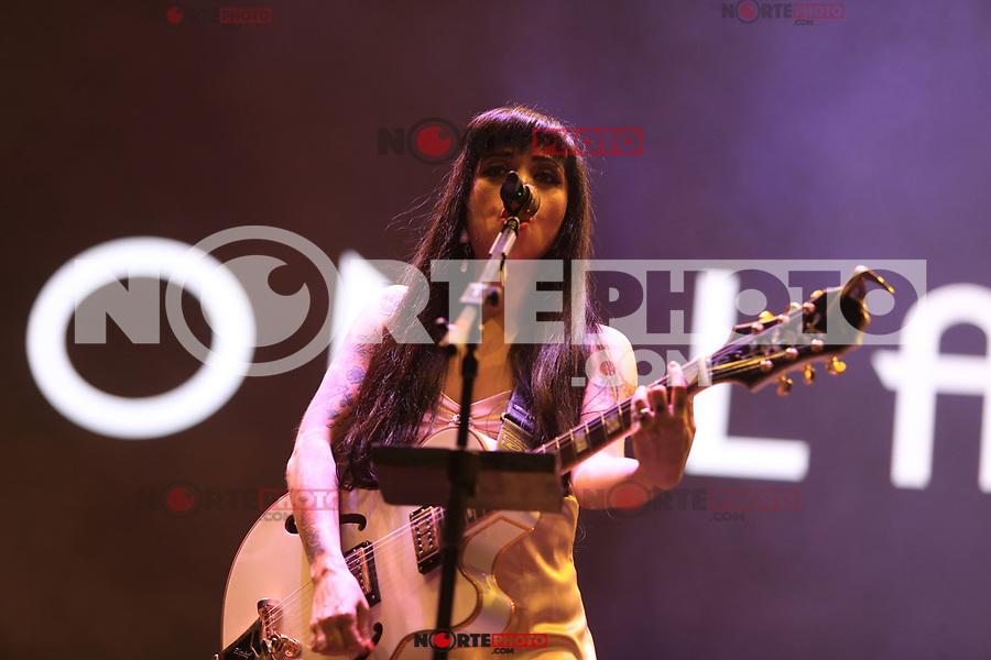 28 octubre 2017. <br /> Mon Laferte , cantante chilena durante su concierto en el festival Tecate Sonoro. (Foto: Luis Gutierrez /NortePhoto.com)