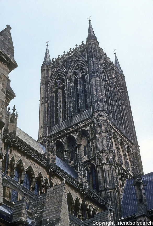Lincoln: Lincoln Cathedral--Central Tower. Photo '90.