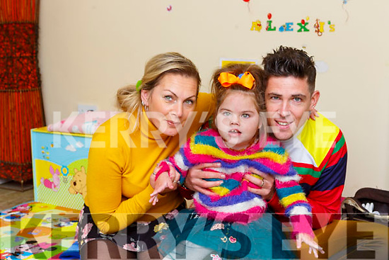 Alexis O'Mahony with her parents Steve at their home in Killarney