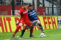 Ante Rebic (Eintracht Frankfurt) gegen Shawn Barry (FSV Frankfurt)- 10.11.2016: FSV Frankfurt vs. Eintracht Frankfurt, Frankfurter Volksbank Stadion