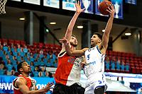 31-03-2021: Basketbal: Donar Groningen v ZZ Feyenoord: Groningen , Donar speler Leon Williams op weg naar een score