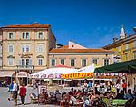"Kroatien, Istrien, Rovinj: ""Perle Istriens"" Altstadt, Strassencafes | Croatia, Istria, Rovinj: ""Perl of Istria"" old town, cafes"