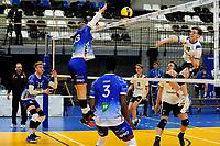 24-03-2021: Volleybal: Amysoft Lycurgus v Sliedrecht Sport: Groningen , Blok van Lycurgus speler Dennis Borst