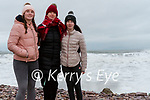 Wk05  Out for a walk on Rossbeigh<br /> The burke family from Glenbeigh looking at the high waves at Rossbeigh Beach on Saturday<br /> L-R Orlaith, Niamh & Naoise Burke
