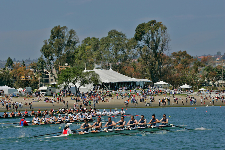 Rowing, San Diego Crew Classic, men's eights, Lake Washington Rowing Club in foreground, Mission Bay, San Diego, California, West Coast, USA, released,.
