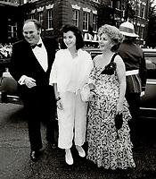 1985 FILE PHOTO - ARCHIVES -<br /> <br /> actor Al Waxman family<br /> <br /> 1985<br /> <br /> PHOTO :  Erin Comb - Toronto Star Archives - AQP