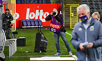 Belgian photographer Stijn Audooren pictured during a female soccer game between RSC Anderlecht Dames and Northern Irish Linfield Ladies  in the first qualifying round for the Uefa Womens Champions League of the 2020 - 2021 season , Wednesday 4 th of November 2020  in ANDERLECHT , Belgium . PHOTO SPORTPIX.BE | SPP | DAVID CATRY