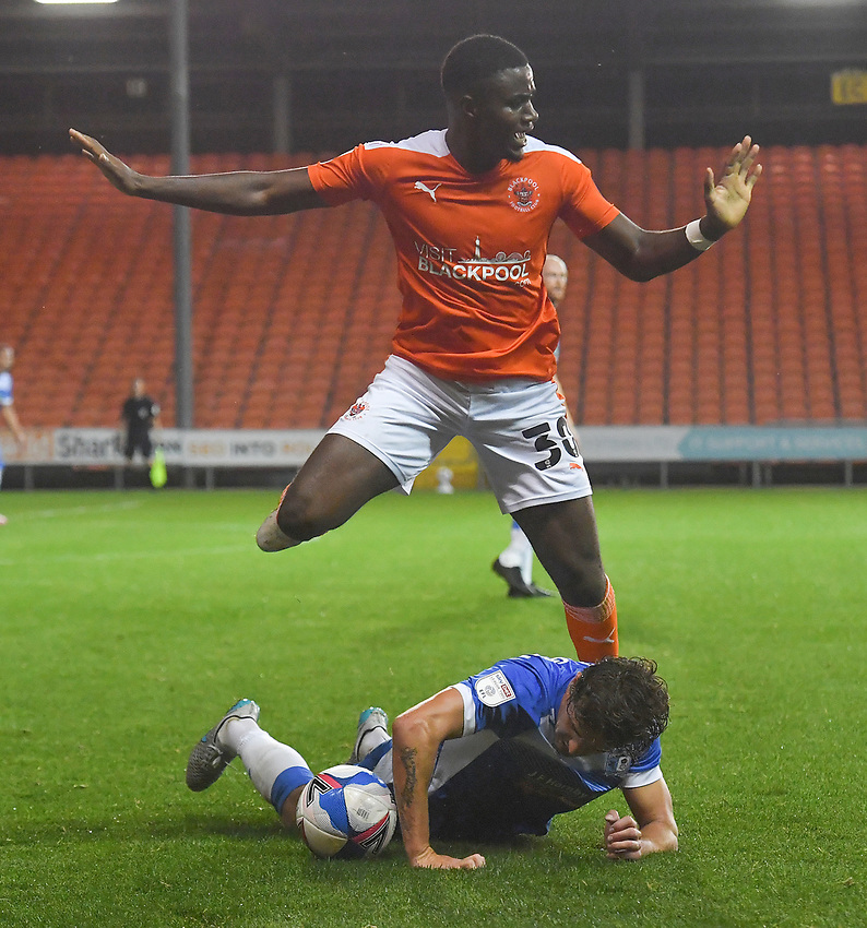 Blackpool's Bez Lubala battles for the ball<br /> <br /> Photographer Dave Howarth/CameraSport<br /> <br /> EFL Trophy Northern Section Group G - Blackpool v Barrow - Tuesday 8th September 2020 - Bloomfield Road - Blackpool<br />  <br /> World Copyright © 2020 CameraSport. All rights reserved. 43 Linden Ave. Countesthorpe. Leicester. England. LE8 5PG - Tel: +44 (0) 116 277 4147 - admin@camerasport.com - www.camerasport.com