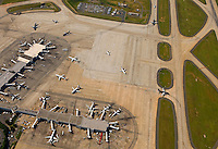 Aerial photo of Charlotte Douglas International Airport taken May 2008.