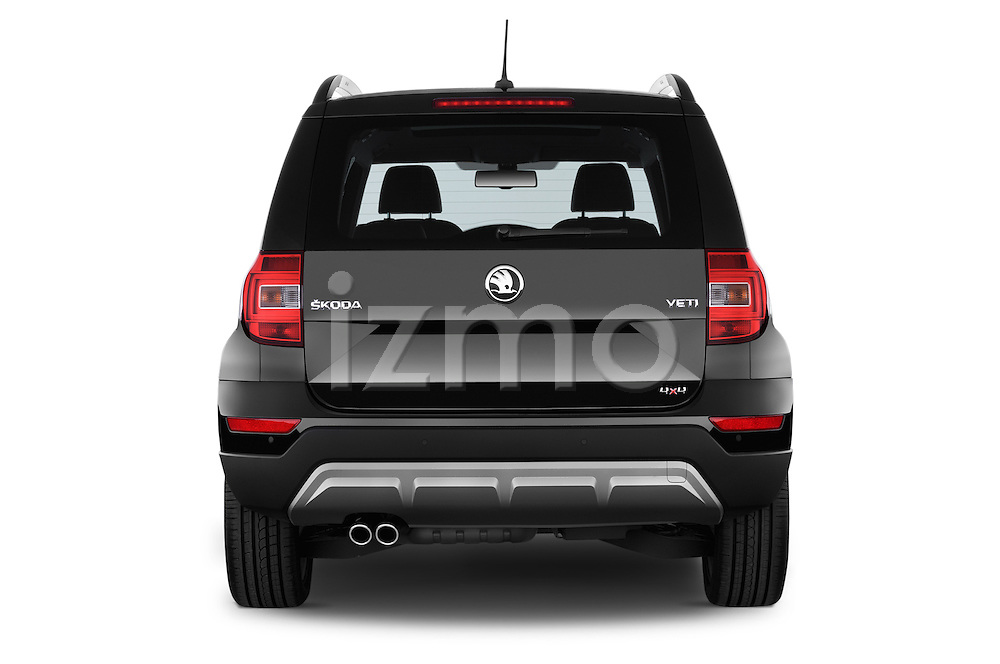 Straight rear view of a 2014 Skoda YETI LAURIN & KLEMENT OUTDOOR 5 Door SUV 4WD Rear View  stock images