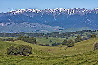 Ruahine Mountains south of Napier, from Highway 2, north island, New Zealand.