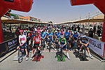 The peloton lined up for the start of Stage 3 of the 2021 UAE Tour running 166km from Al Ain to Jebel Hafeet, Abu Dhabi, UAE. 23rd February 2021.  <br /> Picture: LaPresse/Gian Mattia D'Alberto | Cyclefile<br /> <br /> All photos usage must carry mandatory copyright credit (© Cyclefile | LaPresse/Gian Mattia D'Alberto)