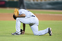 Peoria Javelinas pitcher Keyvius Sampson (33), of the San Diego Padres organization, before taking the mound during an Arizona Fall League game against the Glendale Desert Dogs on October 15, 2013 at Camelback Ranch Stadium in Glendale, Arizona.  Glendale defeated Peoria 5-1.  (Mike Janes/Four Seam Images)