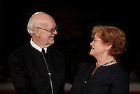 "Il regista britannico Mick Jackson e l'autrice storica americana Deborah Lipstadt posano sul red carpet per la presentazione del film ""Denial"" al Festival Internazionale del Film di Roma, 17 ottobre 2016. <br /> British director Mick Jackson and American historian and author Deborah Lipstadt pose on the red carpet to present the movie ""Denial"" during the international Rome Film Festival at Rome's Auditorium, 17 October 2016.<br /> UPDATE IMAGES PRESS/Isabella Bonotto"