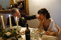 Matrimonio civile tra uomo e donna quarantenni..Civil marriage between man and woman forties..