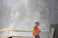 """- Milan, yard for construction of new subway line number 5, ...the """"mechanical mole"""" breaks the last screen before of what will be the  Marche station....- Milano cantiere per la costruzione della nuova linea 5 della Metropolitana, la """"talpa meccanica"""" sfonda l'utimo diaframma prima di quella che sarà la stazione Marche"""