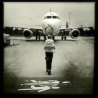 Flughafen Schoenefeld (SFX).<br /> 20.5.2015, Berlin<br /> Copyright: Christian-Ditsch.de<br /> [Inhaltsveraendernde Manipulation des Fotos nur nach ausdruecklicher Genehmigung des Fotografen. Vereinbarungen ueber Abtretung von Persoenlichkeitsrechten/Model Release der abgebildeten Person/Personen liegen nicht vor. NO MODEL RELEASE! Nur fuer Redaktionelle Zwecke. Don't publish without copyright Christian-Ditsch.de, Veroeffentlichung nur mit Fotografennennung, sowie gegen Honorar, MwSt. und Beleg. Konto: I N G - D i B a, IBAN DE58500105175400192269, BIC INGDDEFFXXX, Kontakt: post@christian-ditsch.de<br /> Bei der Bearbeitung der Dateiinformationen darf die Urheberkennzeichnung in den EXIF- und  IPTC-Daten nicht entfernt werden, diese sind in digitalen Medien nach §95c UrhG rechtlich geschuetzt. Der Urhebervermerk wird gemaess §13 UrhG verlangt.]