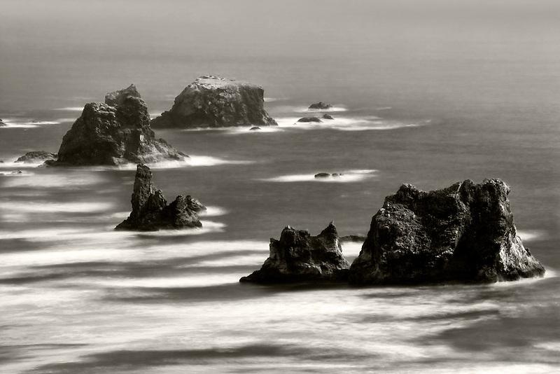 Sea stacks off Samuel H. Boardman State Scenic Corridor. Oregon