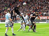 Evan N'Dicka (Eintracht Frankfurt) mit einer Kopfballchance - 11.11.2018: Eintracht Frankfurt vs. FC Schalke 04, Commerzbank Arena, DISCLAIMER: DFL regulations prohibit any use of photographs as image sequences and/or quasi-video.