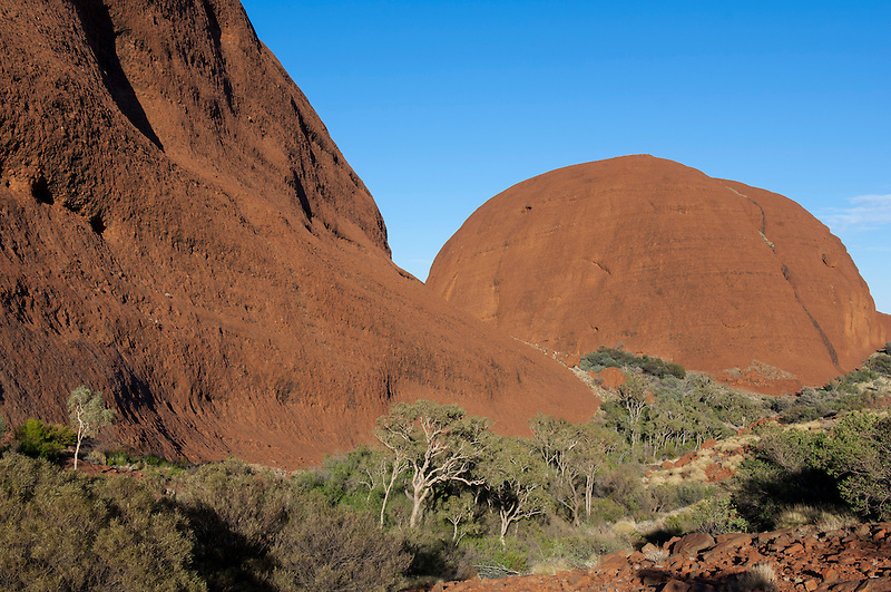 Kata Tjuta - Entrance to the Valley of the Winds.