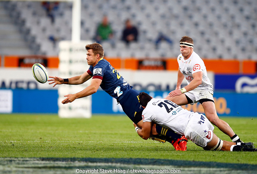 Michael Collins passes during the Super Rugby match between the Pulse Energy Highlanders and the Cell C Sharks at the Forsyth Barr Stadium in Dunedin, New Zealand on Friday, 7 February 2020. Photo Steve Haag / stevehaagsports.com