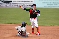 Batavia Muckdogs second baseman Colin Walsh during a game vs. the Mahoning Valley Scrappers at Dwyer Stadium in Batavia, New York August 3, 2010.  Batavia defeated Mahoning Valley 8-1.  Photo By Mike Janes/Four Seam Images