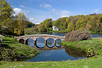 Great Britain, England, Wiltshire, near Stourton: View over lake, garden and Pantheon of Stourhead Gardens, created by Henry Hoare 2nd