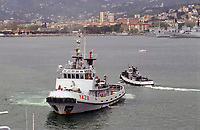 - Marina Militare Italiana, il rimorchiatore costiero Porto Salvo nel porto dell'Arsenale Militare di La Spezia<br />