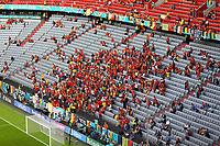 Fans aus Belgien<br /> - Muenchen 02.07.2021: Italien vs. Belgien, Viertelfinale, Allianz Arena Muenchen, Euro2020, emonline, emspor, Playoffs, Quarterfinals<br /> <br /> Foto: Marc Schueler/Sportpics.de<br /> Nur für journalistische Zwecke. Only for editorial use. (DFL/DFB REGULATIONS PROHIBIT ANY USE OF PHOTOGRAPHS as IMAGE SEQUENCES and/or QUASI-VIDEO)