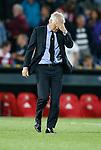 Nederland, Rotterdam, 11 mei 2015<br /> Eredivisie<br /> Seizoen 2014-2015<br /> Feyenoord-Vitesse<br /> Teleurstelling bij Fred Rutten, trainer-coach van Feyenoord na afloop van de wedstrijd