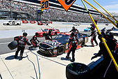 NASCAR XFINITY Series<br /> One Main Financial 200<br /> Dover International Speedway, Dover, DE USA<br /> Saturday 3 June 2017<br /> Erik Jones, Reser's American Classic Toyota Camry makes a pit stop, Sunoco<br /> World Copyright: Logan Whitton<br /> LAT Images<br /> ref: Digital Image 17DOV1LW2854