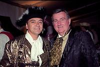 Le Maire Pierre Bourque<br />  dans une reception costumee,<br />  date inconnue <br /> (entre 1997 et 2001)